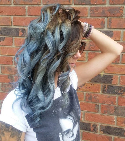 Bold-Blue-and-Silver Gorgeous Ways to Rock Blonde and Sliver Hair