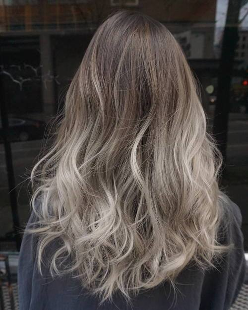 Gold-and-Silver-Waves Gorgeous Ways to Rock Blonde and Sliver Hair