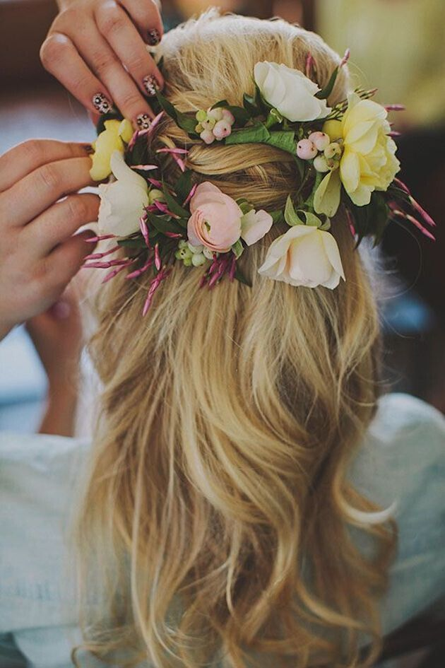 Half-up-Wedding-Hairstyle-with-Flowers Super Charming Wedding Hairstyles for 2019