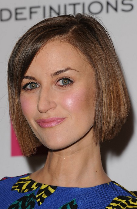 Katherine-Kelly-short-straight-hairstyle Katherine Kelly short straight hairstyle – best short hairstyle for thin hair