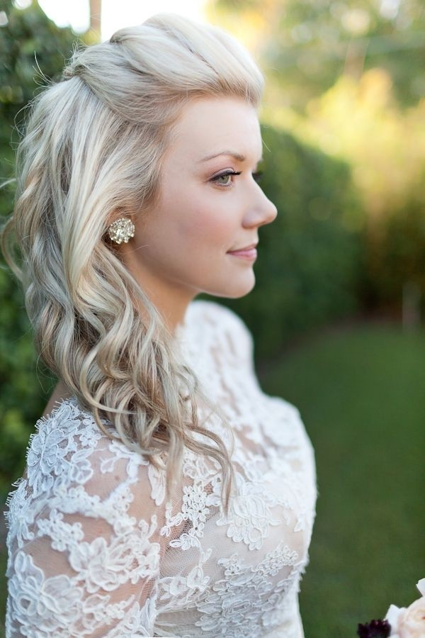 Medium-Curly-Hairstyle Great Hairstyles for Medium Length Hair 2019