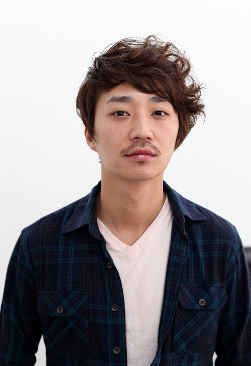 Mens-hairstyles-for-Asian-guys Cool Korean and Japanese Hairstyles for Asian Guys