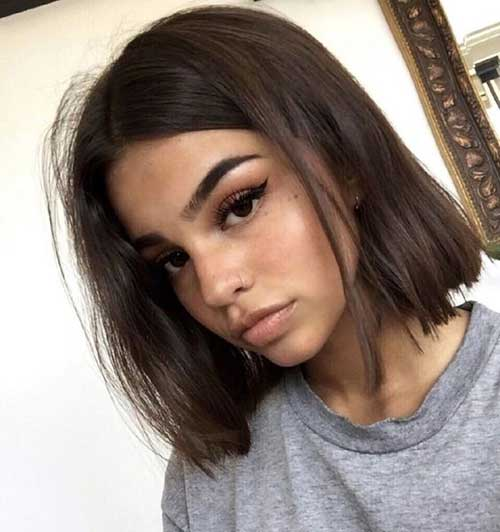 Messy-Look Short Thin Hairstyles to Easily be Feminine
