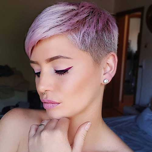 Pink-Blonde-Pixie Short Hairstyles for Women Over 40 to Explore New Look