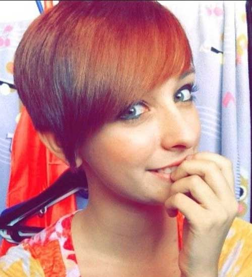 Short-Cute-Girl-with-Straight-Hairstyle Best Cute Girl Short Haircuts To Help You Out