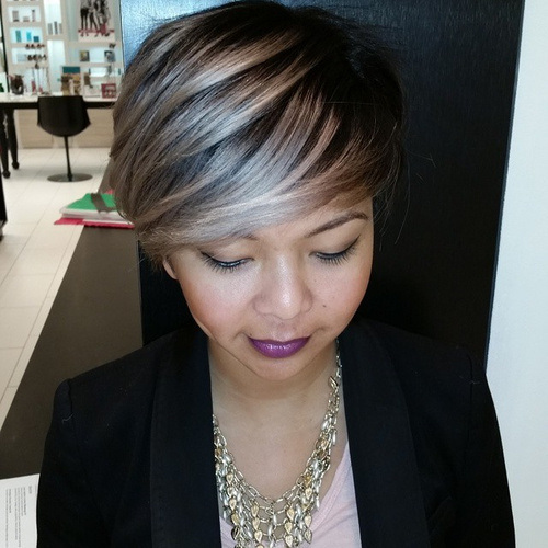 Silver-and-Blonde-Pixie-with-Sweeping-Bangs Gorgeous Ways to Rock Blonde and Sliver Hair