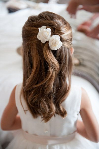 Simple-Wedding-Hairstyle-for-Little-Girls Simple But Beautiful Wedding Hairstyles 2019