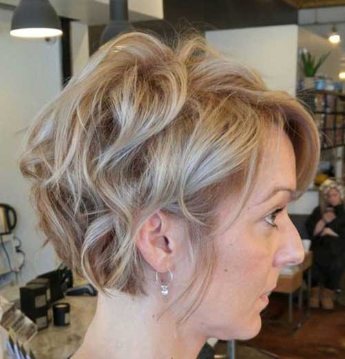 Tousled-Short-Bob-Hair Short Formal Hairstyles with Hottest Way