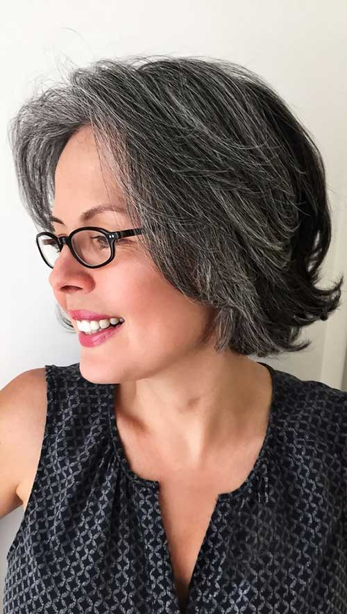 Casual-Short-Hair-Cut-Over-50 Gorgeous Short Hairstyles for Women Over 50
