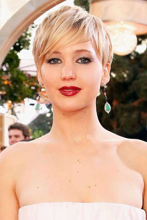 Jennifer-Lawrence's-Striking-Pixie-Hairstyle Short Hairstyles 2019 Trends