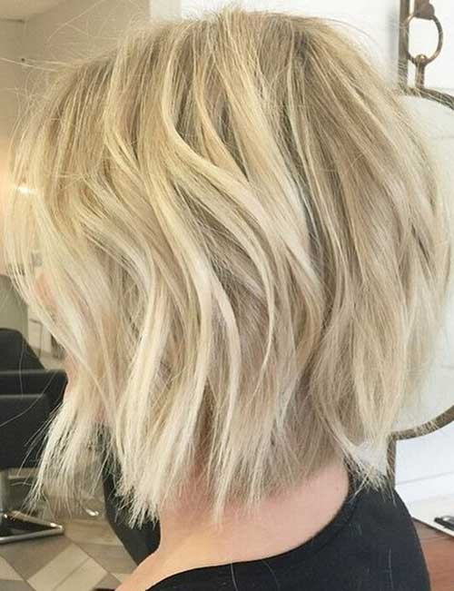 Light-Blonde-Wavy-Bob-Trend-in-2019 Short Hairstyles 2019 Trends