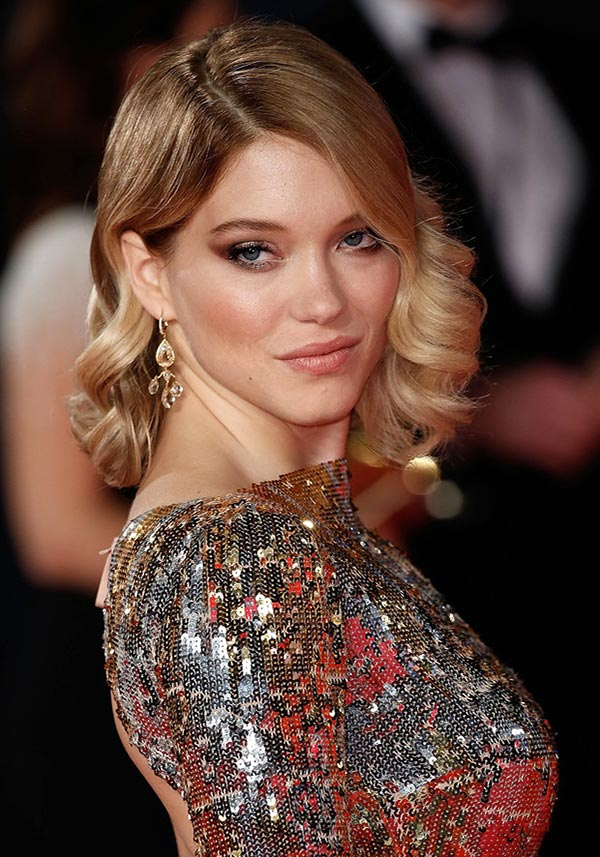 Lob-with-Curls Loose Hairstyles to Look Relaxed and Ravishing