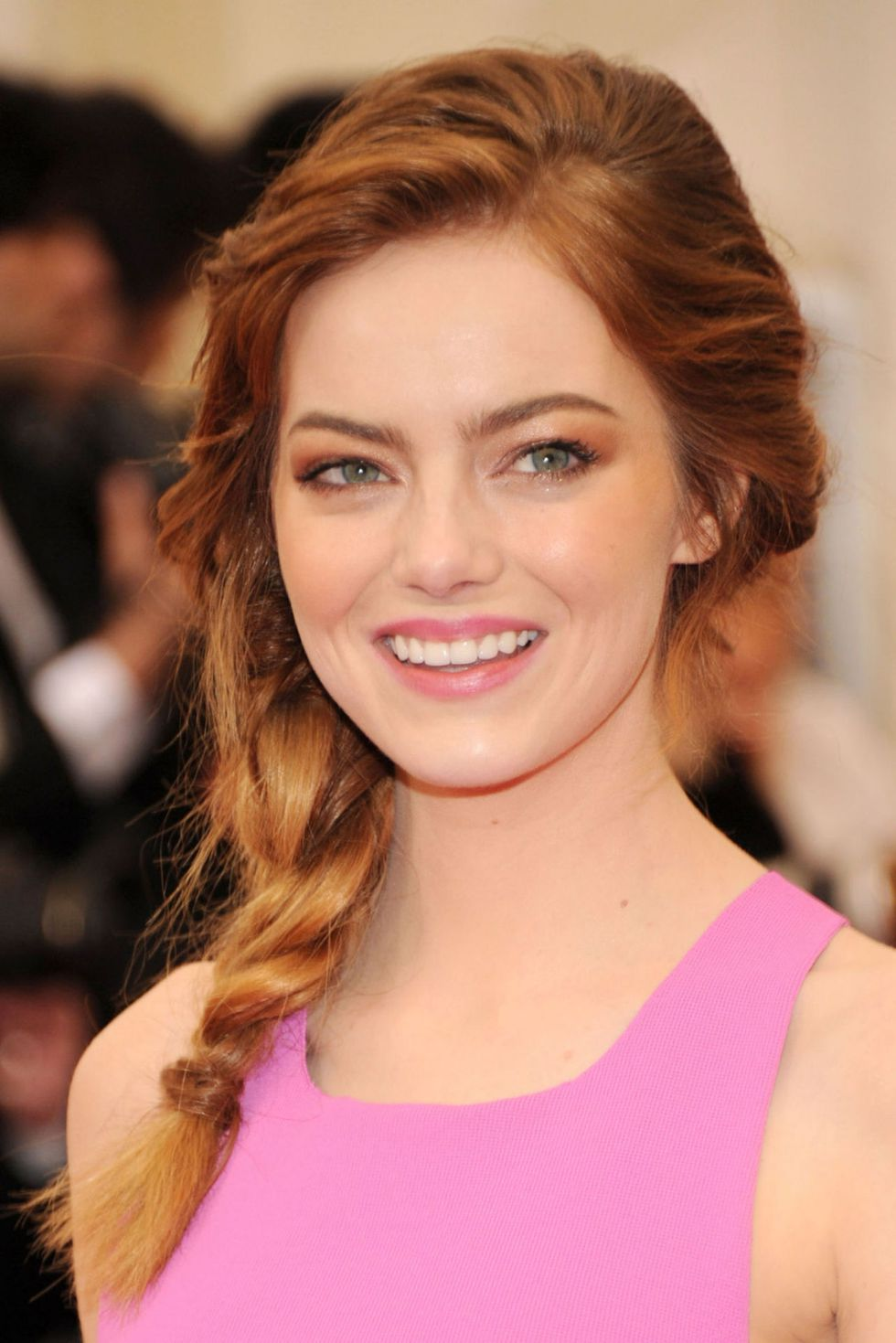 One-Sided-Braided-Hairstyle Classy and Charming Hairstyles for Wedding Guest