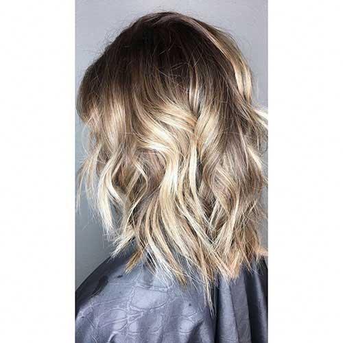 Short-to-Medium-Hairstyles-10 Latest Short to Medium Hairstyles