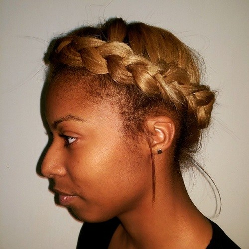 Simple-Caramel-Braid Best Milkmaid Hairstyles – Pretty Milkmaid Braid for Women