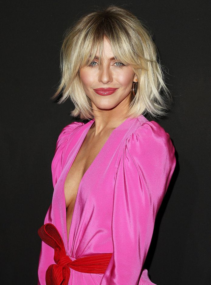 Unkempt-Blonde-Shag-Hairstyle Ravishing and Roaring Julianne Hough Hairstyles