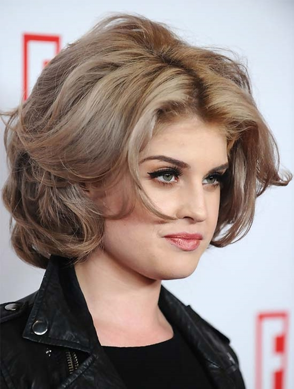 Wavy-Curly-Short-Haircut-for-Chubby-Face Glorious Short Hairstyles for Chubby Faces