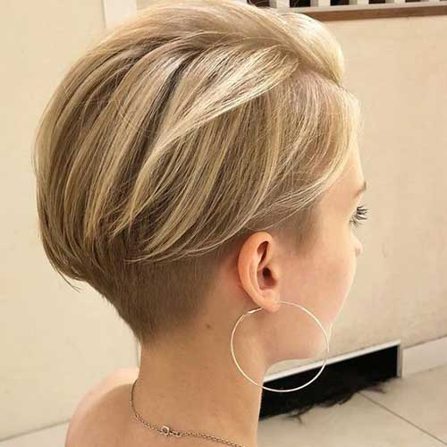 Blonde-Short-Haircut-for-Women-Over-40 Best Short Haircuts for Over 40