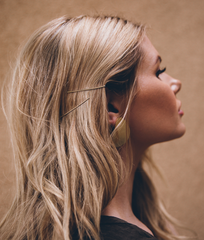 Bobby-Pin-Hairstyle-1 Spring Hairstyles to Outshine Your Beauty