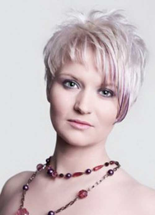 Pixie-Short-Hair-with-Fringes-for-Over-40 Short Hair For Over 40