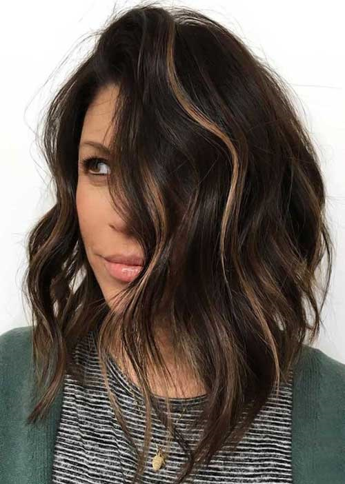 Asymmetrical-Inverted-Bob Best Short Wavy Bob Haircuts
