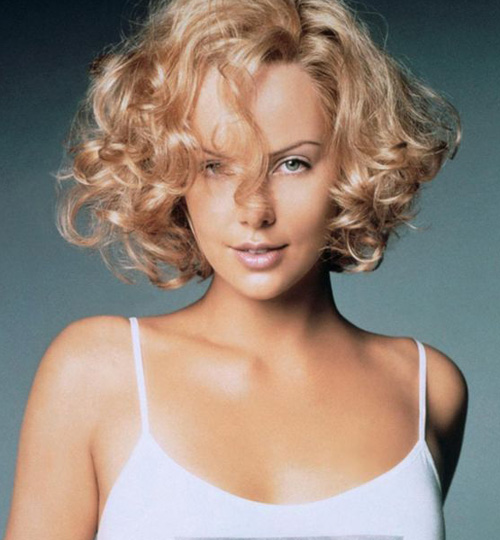 Celebrity-Curly-Bob-Hairstyles Stylish and Glamorous Curly Bob Hairstyle for Women