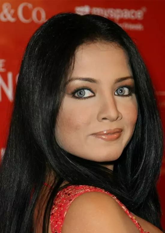 Celina-Jaitley Top Indian Actresses With Stunning Long Hair