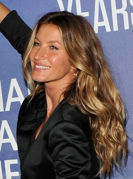Gisele-Bundchen-Long-Wavy-Hairstyle Most Beautiful Celebrity Long Haircuts To Adore