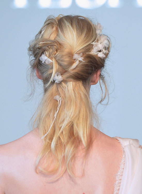 Messy-Twisted-Half-Hairdo Bridal Hairstyle Ideas For Your Reception