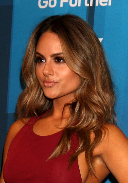Pia-Toscano-Long-Wavy-Hairstyle Most Beautiful Celebrity Long Haircuts To Adore