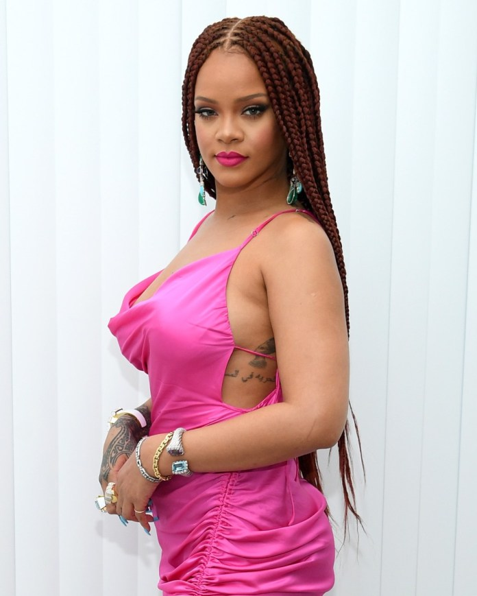 Reddish-Colored-Knotless-Box-Braid-Hairstyle Cool and Trendy Knotless Box Braids Styles