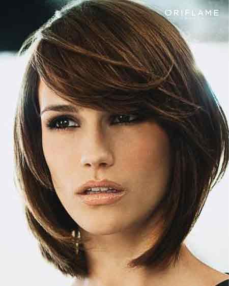 Straight-Layered-Bob Stylish and Perfect Layered Bob Hairstyles for Women