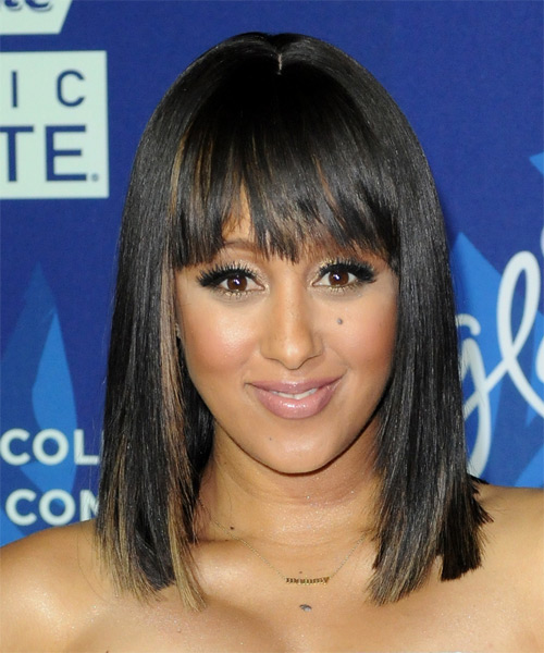 Tamera-Mowry-Medium-Straight-Bob-Hairstyle Hottest And Trendy Bob Haircuts For Stylish Look