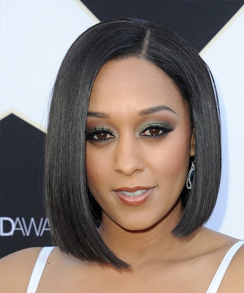 Tia-Mowry-Medium-Straight-Bob-Hairstyle Hottest And Trendy Bob Haircuts For Stylish Look
