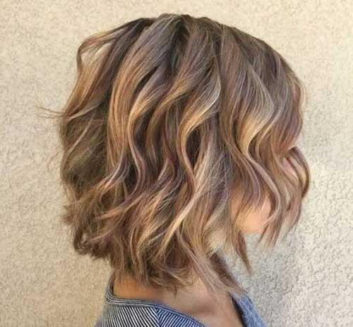 Warm-Blonde Best Short Wavy Bob Haircuts