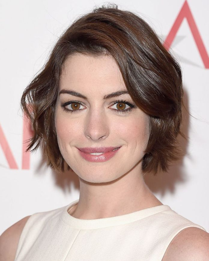 Wavy-Bob Most Coolest Variation of Bob Haircuts to Try Now