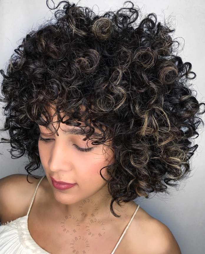 Big-Natural-Curly-Hairstyle Cute Curly Hairstyles for Women