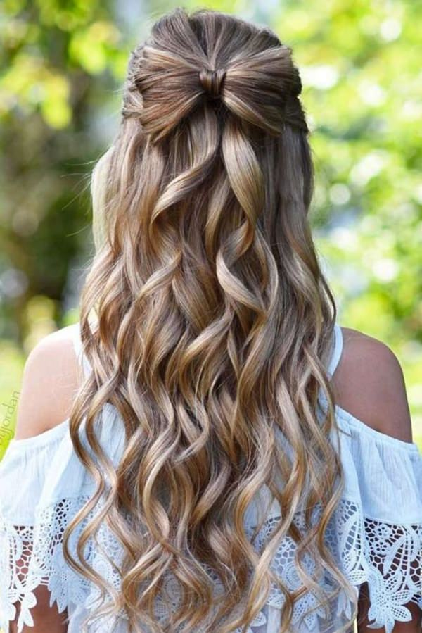 Bow-Shaped-Hair Cute Homecoming Hairstyles for Astonishing Look