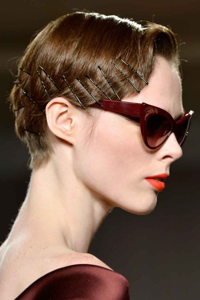 Edgy-Short-Hairstyle Most Attractive Hairstyles with Hair Pins
