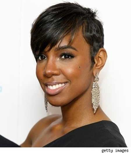 Lovely-and-Charming-Pixie-Cut-with-Nice-Pretty-Bangs Short Hairstyles for Black Women 2020