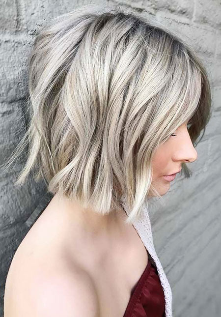 PLATINUM-WAVES Short Messy Bob Hairstyles 2020