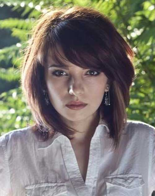 Short-Cute-Hairstyle-with-Layered-Bangs-for-Thick-Hair Cute Short Hairstyles For Thick Hair