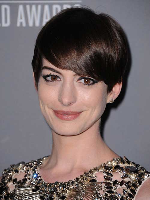 Short-Cute-Hairstyles-for-Thick-Straight-Shinny-Pixie-Hair Cute Short Hairstyles For Thick Hair