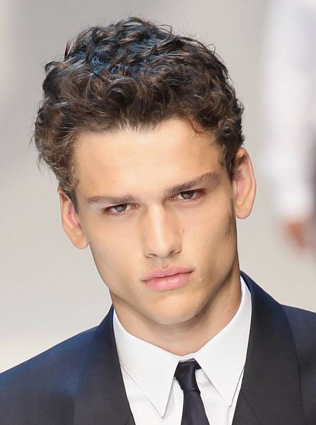 Short-and-Classic-Curly-Hairstyle Stylish Wedding Hairstyles for Men