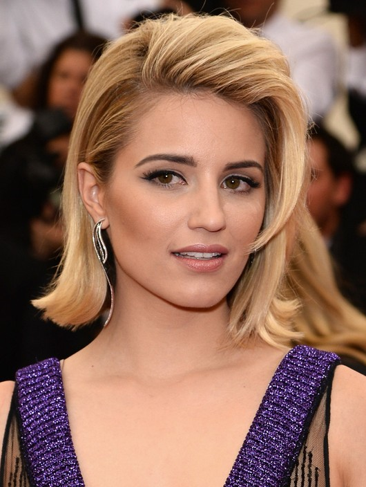Slicked-Back-Hairstyle Unbelievably Stylish Flip Hairstyles for Women