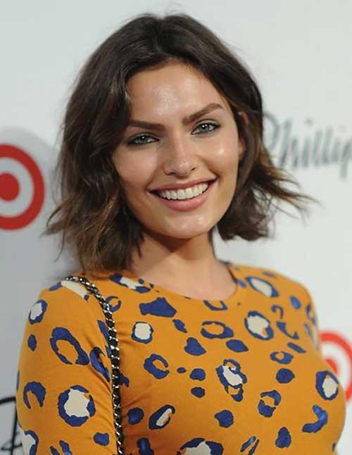 Alyssa-Miller's-Trendy-Short-Hairstyle Short Trendy Hairstyles 2020