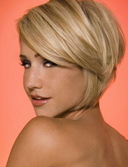 Appealing-Short-Bob-Hairstyle's-Side-View Short Bob Hairstyles for Ladies