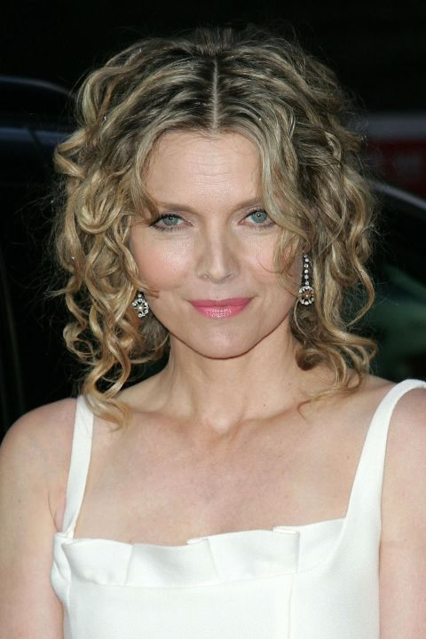Beachy-Wavy-Curly-Hair Curly Hairstyles for Women Over 50