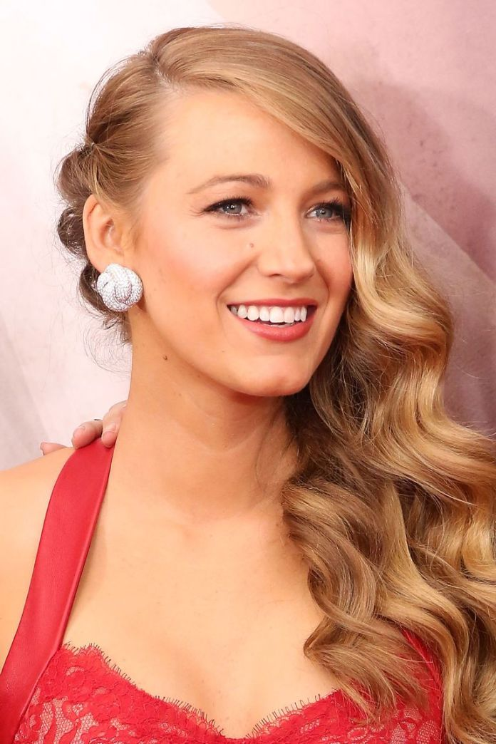Blake-Livelys-Old-Hollywood-Elegance Stunning Curly Hairstyles That Are All About That Texture
