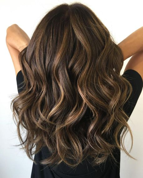 Classic-Layers-for-Volume-and-Bounce 12 eye-catching longhair style